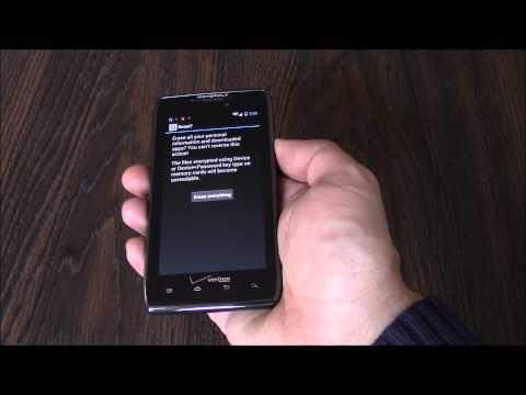 How To Restore A Motorola Droid Razr Maxx XT912 Smartphone To Factory Settings