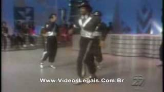 "Electric Boogaloo: Michael Jackson aprendeu o ""moonwalk"" com eles! (1980)"