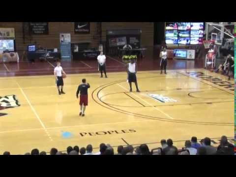 Learn How Archie Miller Sets Drag Screens at Dayton! - Basketball 2015 #75