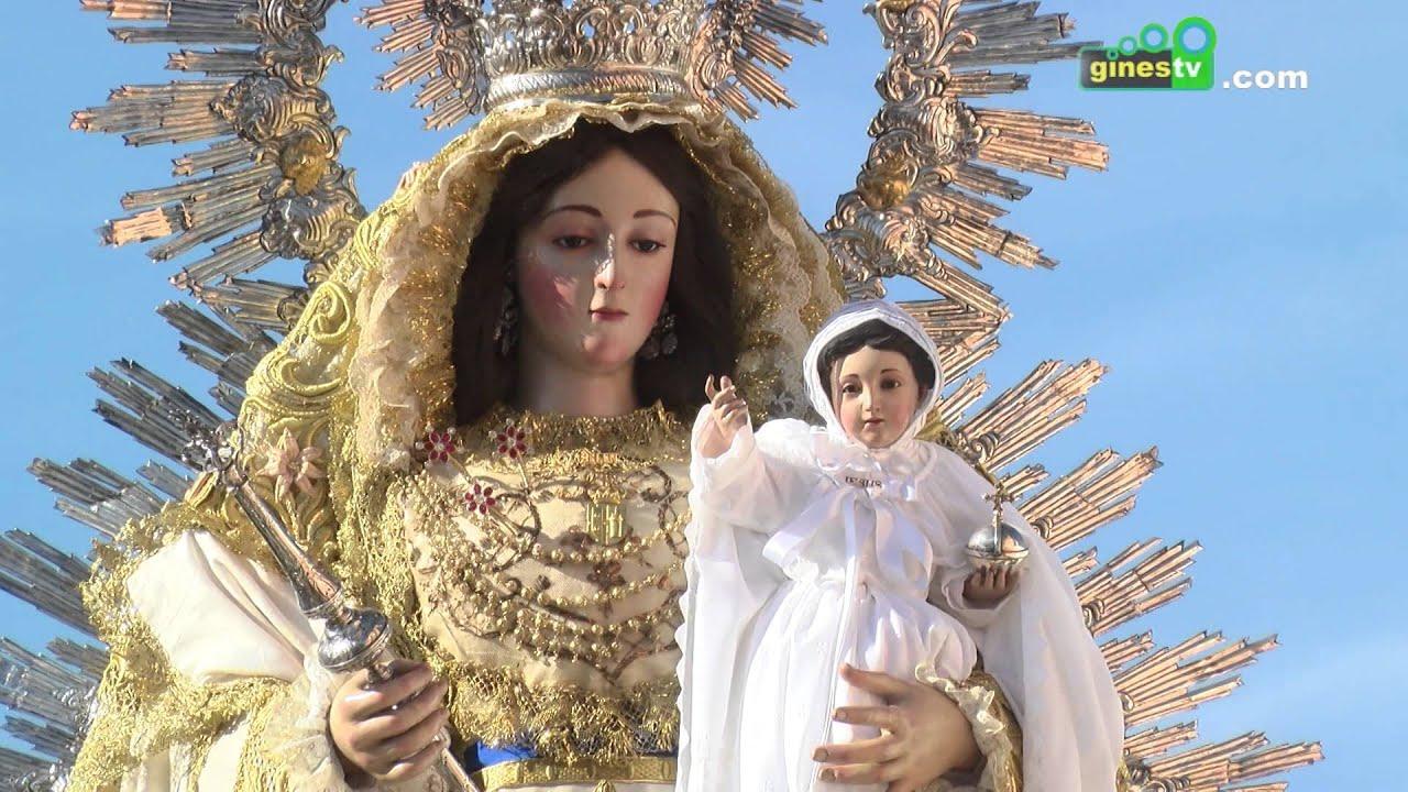 Nuestra Señora de Belén recorrió las calles de Gines con motivo de la Candelaria