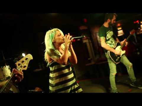 Lacey Sturm Live Musica Akron, Ohio All Around Me (Flyleaf) 8-6-2016 1080P HD