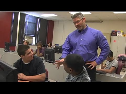John Pallino Teaches Math in Music to His Algebra Class