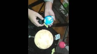 Repeat youtube video Maqueta de movimiento de rotación y traslación