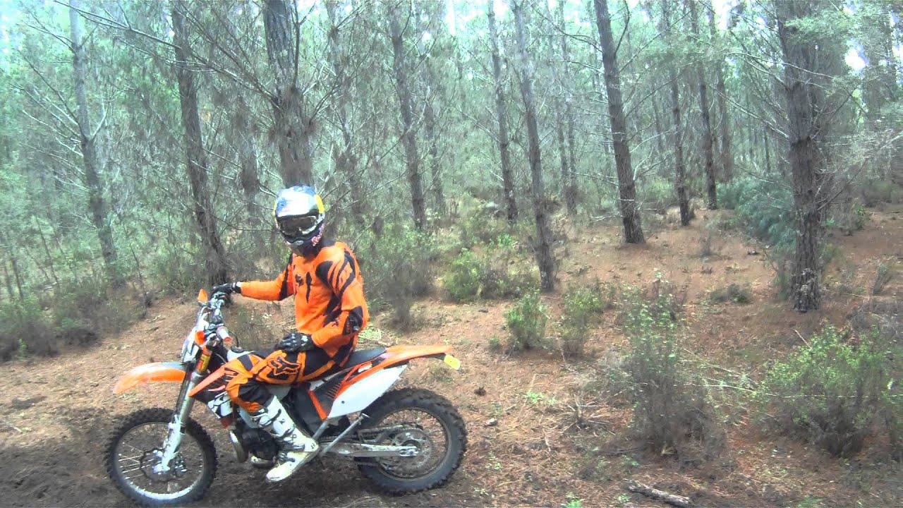 ktm 200 exc vs ktm 300 exc - flowing singletrack gopro - youtube