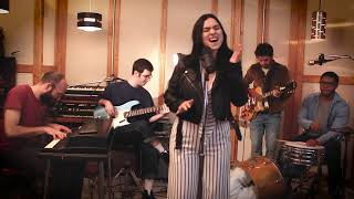 Baixar Can't Buy Me Love - The Beatles - Funk Cover feat. Abby Celso!