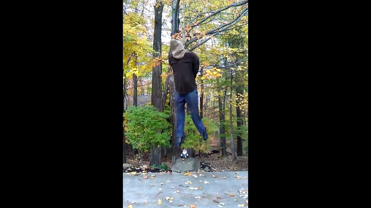 Play halloween hangman