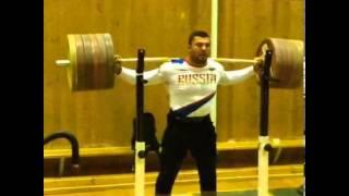 Dmitry Berestov 300kg x2 Squat