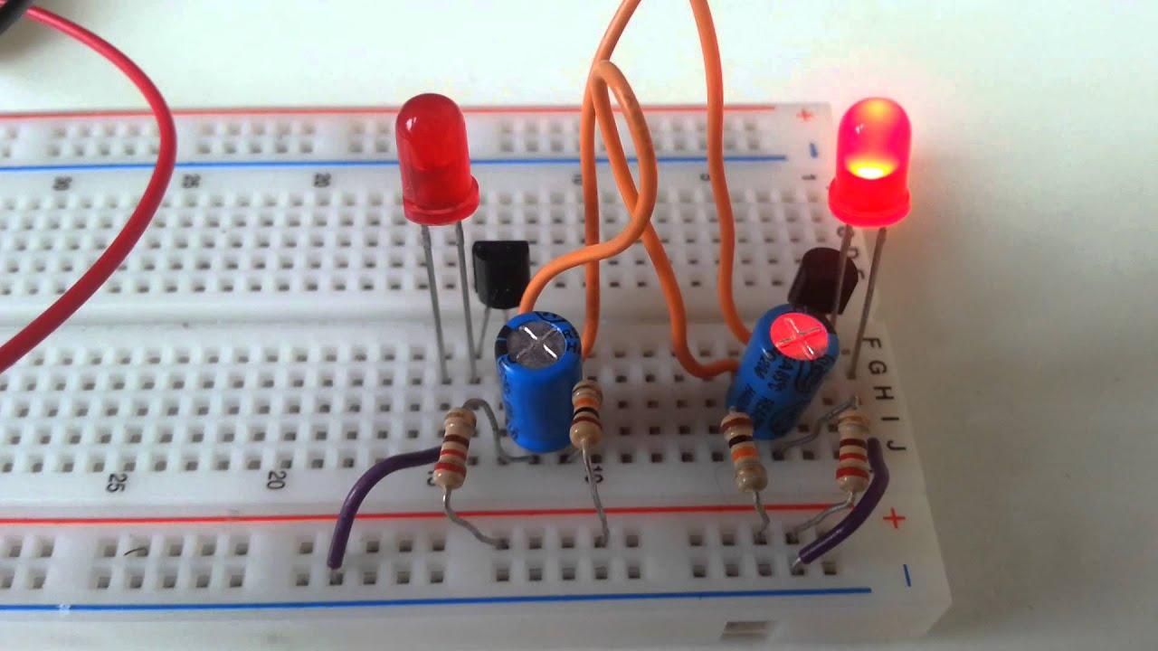 Multivibratore Astabile A Transistor Su Breadboard