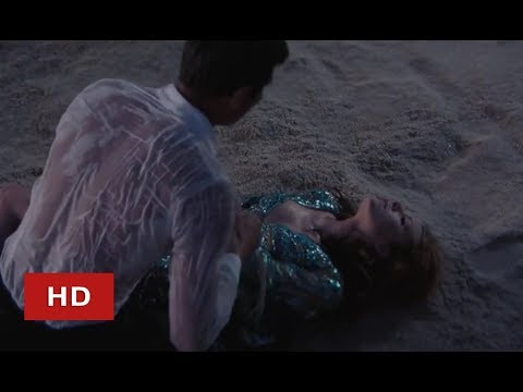 On Her Majesty's Secret Service (1969) Saving Tracy Scene