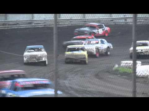 Wade Gilliland racing Algona raceway 8-9-14
