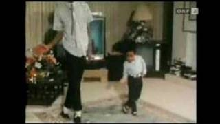 Michael Jackson is dancing with Emmanuel Lewis