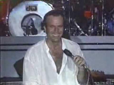JULIO IGLESIAS - MANUELA (LIVE IN CARACAS 1988)