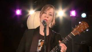 "Suzanne Vega - (2010) Caramel (acoustic version) [from ""Grooveable Feast""]"