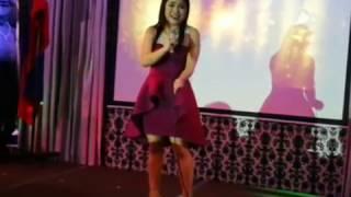 Jennie Gabriel impersonates Regine Velasquez, Jaya, Sharon Cuneta, Jessa Zaragosa, Lani Misalucha