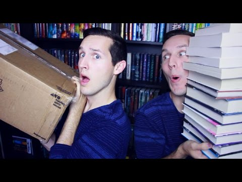 MASSIVE BOOK HAUL & UNBOXING