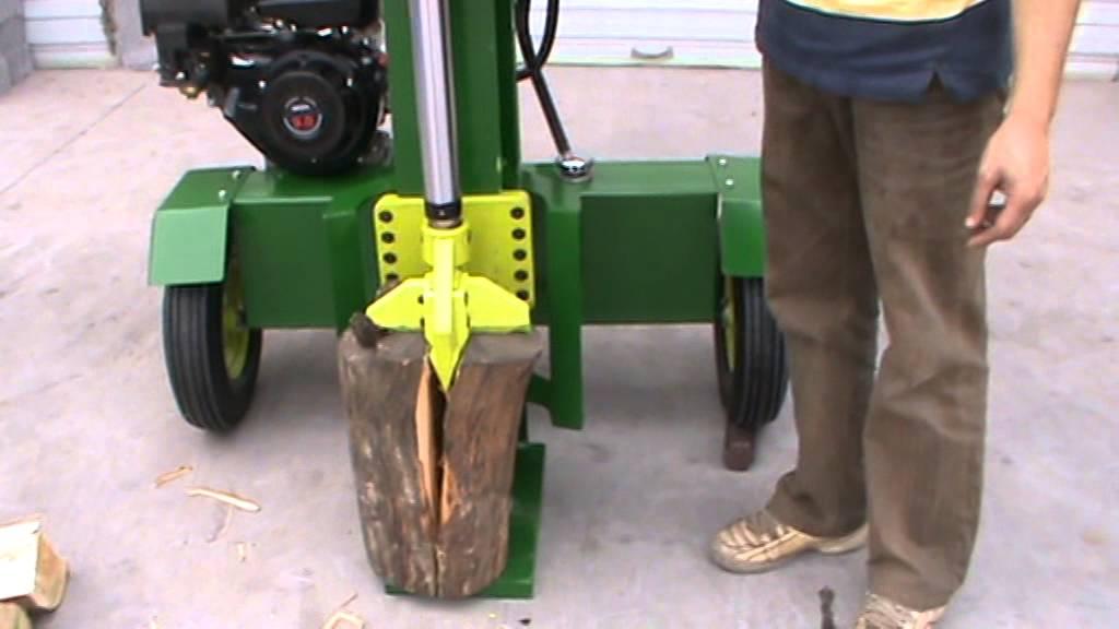 Maquina rajadora de le a a gasolina doovi for Maquina de astillar lena