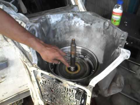 700r4 4l60 Oil Pump Removal Youtube