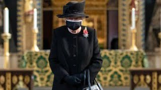 Queen Elizabeth Wears Face Mask In Public For First Time Remembrance Service 2020