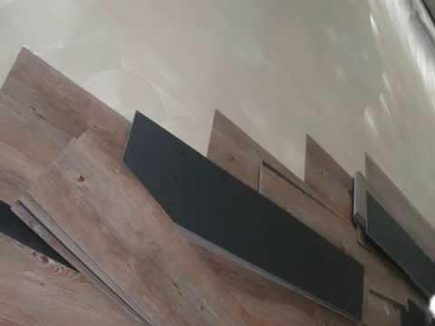 Pvc vloer leggen in paar stappen egaliseren schuren lijmen en