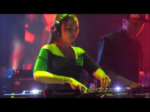 DJ LAGI SYANTIK VS MORENA FULL BASS REMIX 2018