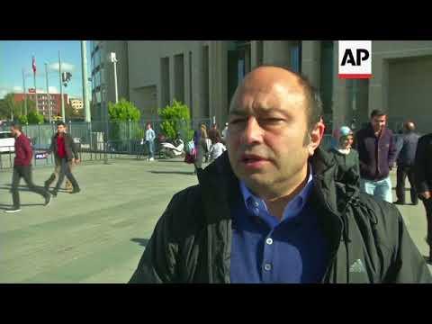 Lawyer for Turksh author is seeking aquittal