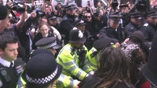 Riot police clash with G8 protesters in London