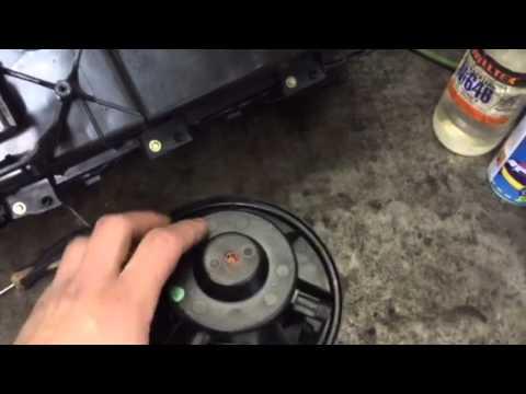 Очистка и смазка моторчика печки