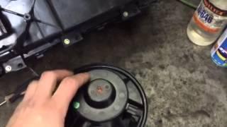Очистка и смазка моторчика печки(, 2015-06-15T07:27:50.000Z)
