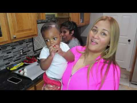 MONDAY MEALS!! SISSY COOKING MEXICAN CORNBREAD!!!