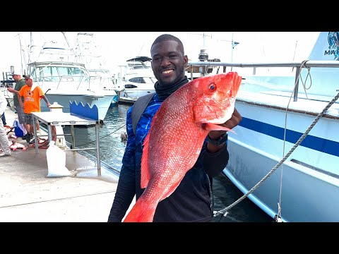 { First Time Deep Sea Fishing On A Charter Boat Catching Massive Red Snappers In Florida !!!! }