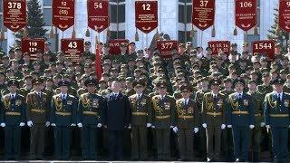 Слушатели факультета военного обучения приняли участие в праздничном параде ко Дню Победы