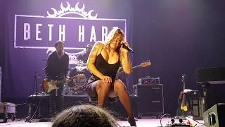 Beth Hart - Caught Out In The Rain Live@Notodden2017