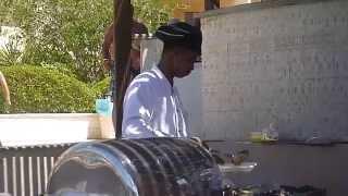 Cuba Gooding Jr. cooks in Egypt.