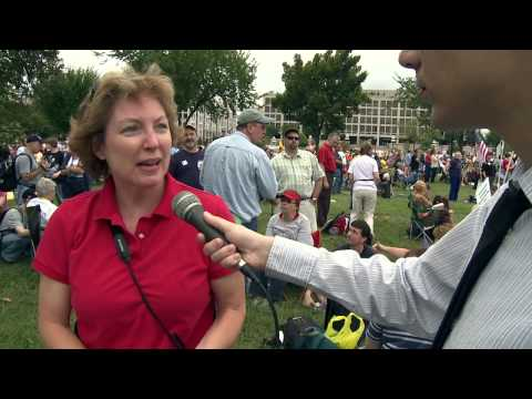 9.12 DC TEA PARTY - March Footage with Interviews