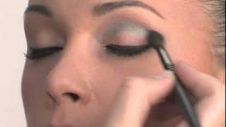 Вечерний макияж от Max Factor