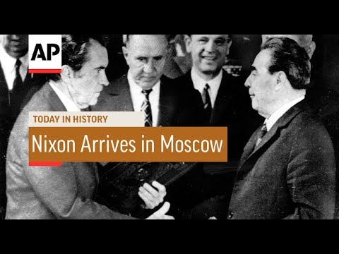 Nixon Arrives in Moscow - 1972 | Today In History | 22 May 17