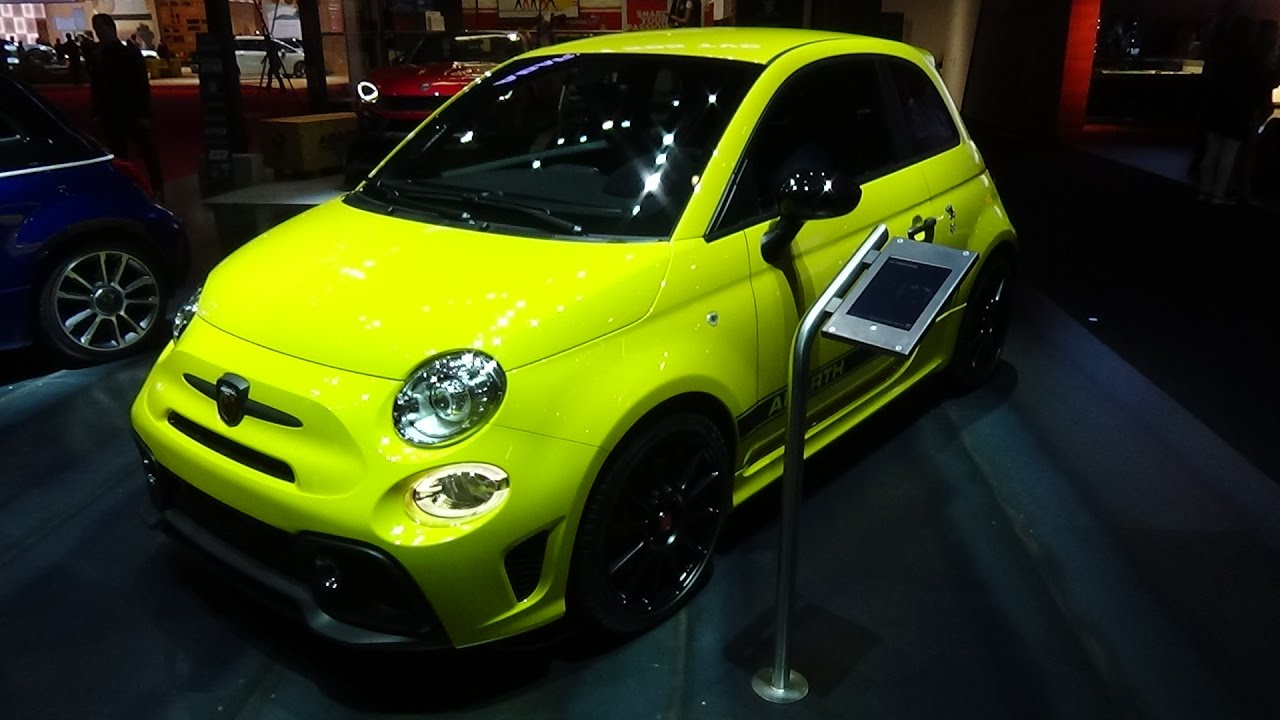 2017 abarth 595 competizione exterior and interior paris auto show 2016 youtube. Black Bedroom Furniture Sets. Home Design Ideas