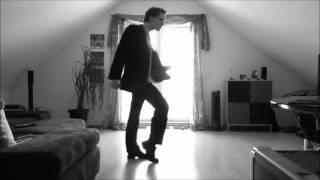 Самый лучший танец который я видел , прикольно )))))