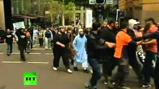 Australia Muslim protest turns violent (shock horror)