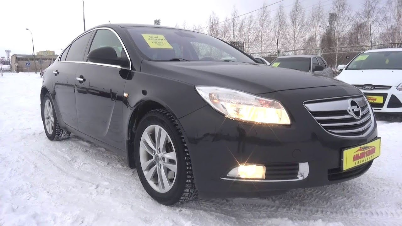 2013 Opel Insignia 2.0 Turbo AT 4x4. Start Up, Engine, and In Depth Tour.