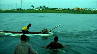 Repeat youtube video แข่งเรือคลองส่งน้ำ คู่พิเศษ5/8/2555