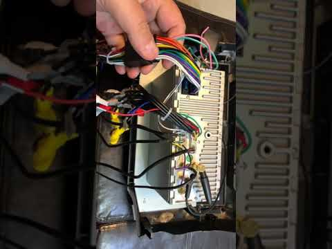 Toyota 4Runner T9 Head unit wiring explanation install - YouTubeYouTube