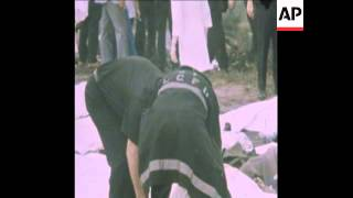 SYND 25 6 75 SCENES OF EASTERN AIRLINES JET CRASH