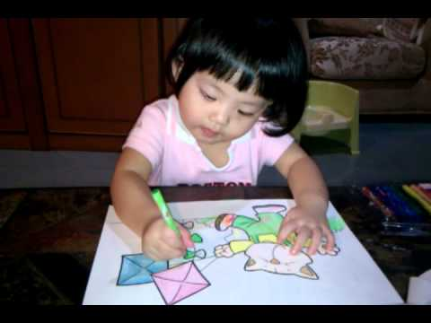 Chew ZiHan coloring @ 2 year-old - YouTube