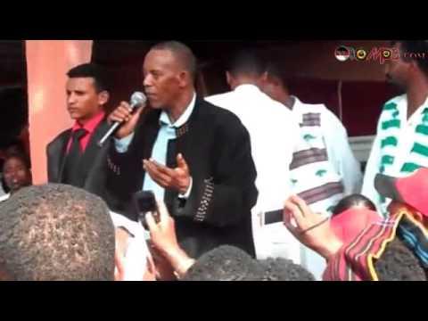 NUHO GOBANA @ IRREECHA 2012 (Oromo Music)