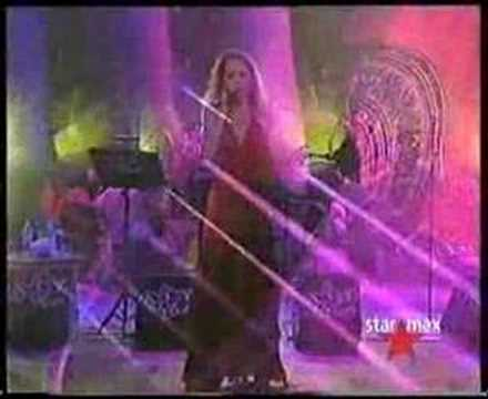 Burcu Gunes Yansin Geceler Rumeli Konser istanbul