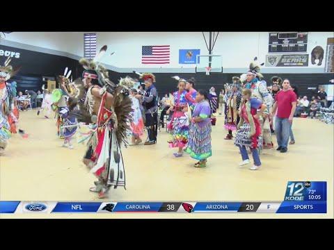 Eastern Shawnee Tribe Of Oklahoma Hosts Annual POWWOW