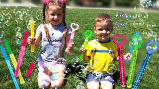 Vania and Mania play with bubbles toys for kids