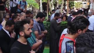 بالفيديو.. النجم محمد أبو تريكة يظهر في عزاء الراحل طارق سليم