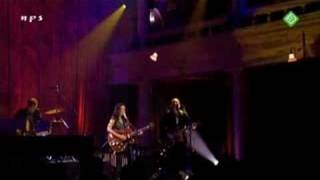 05. Norah Jones -  Until the end  (live in Amsterdam )